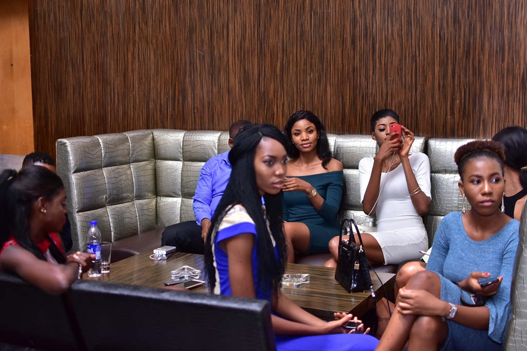 Photos From One Nite Unplugged With Ric Hassani