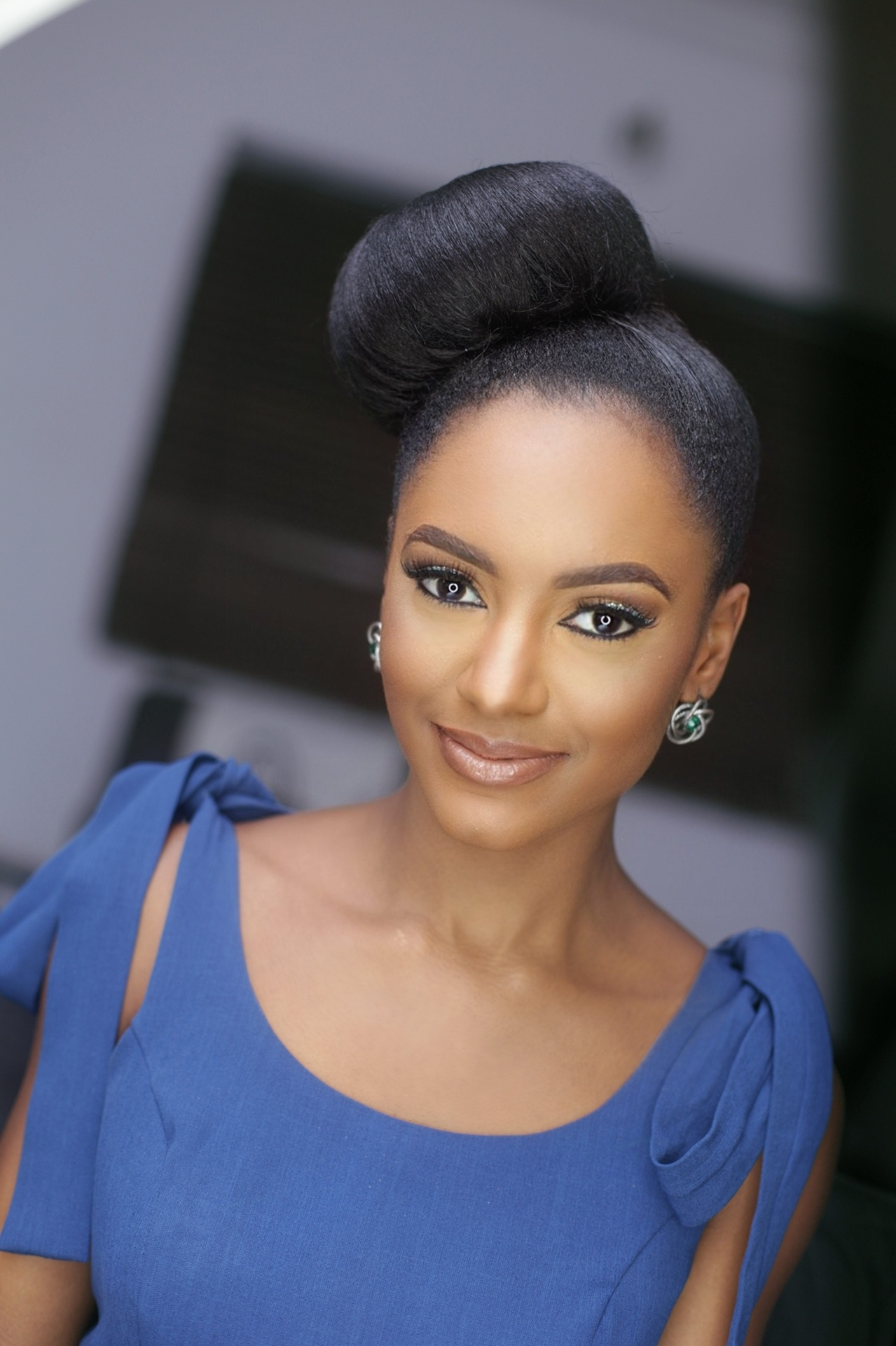 Simi Drey: Super OAP with a Girlie Sophistication