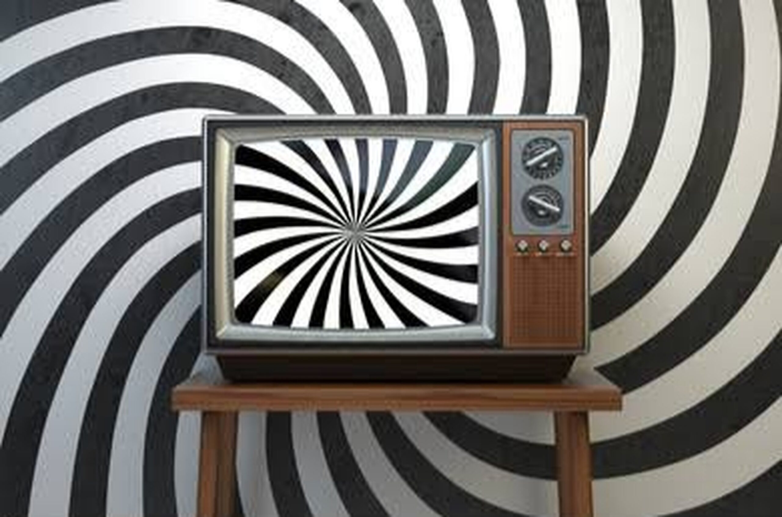 Dangers Of The Media And Te(Lie)Vision: How Media And News Effect Our Views And Perspective